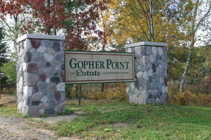 Gopher Point main entrance